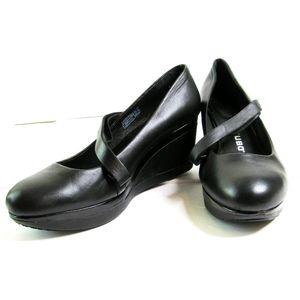 "TSUBO ""KARRIS"" Black Leather Mary Jane Heels 8.5"
